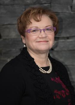 Lynn Olenek